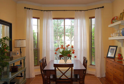 How to Decorate Your Home with Curtains and Blinds